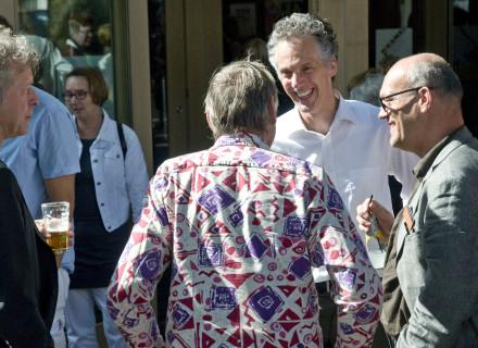 Jord den Hollander in gesprek met Geert ter Steeg en Bertus de Kock - foto: Allard de Goeij
