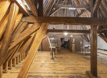 dakconstructie stadhuis uit 1382 (foto: Allard de Goeij)